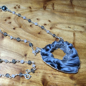 Jewelry - Marble Druzy Agate Necklace
